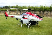 remote-controlled-helicopter-used-in-vineyard