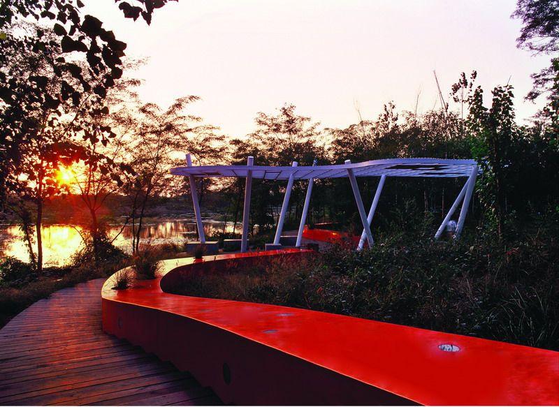 Одна из четырех беседок парка, названных в честь местных видов растений