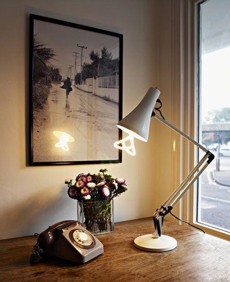 Лампа Plumen 001