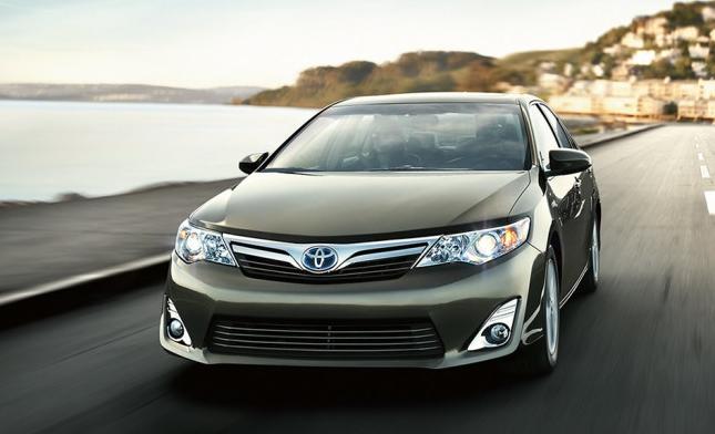 10 лидеров американского рынка зелёных автомобилей 2014 Camry-hybrid