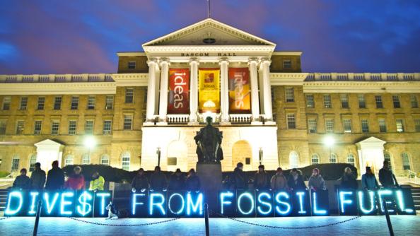 Ирландия голосует за отказ от ископаемого топлива