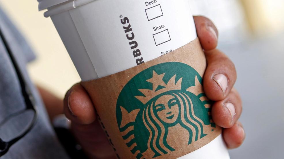 Starbucks предлагает 10 миллионов долларов тому, кто придумает биоразлагаемую чашку для кофе