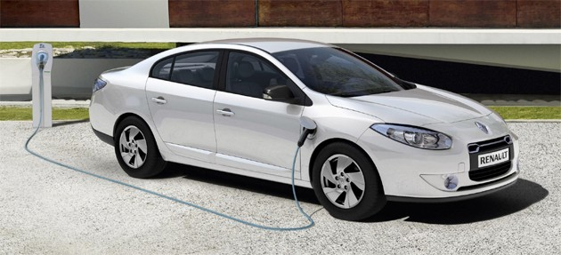Renault Fluence Plugged