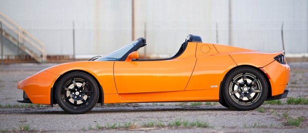 tesla-roadster-side