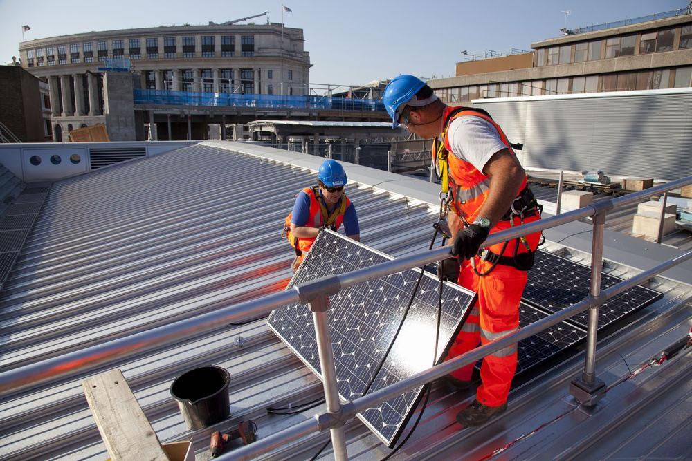 Установка солнечный панелей