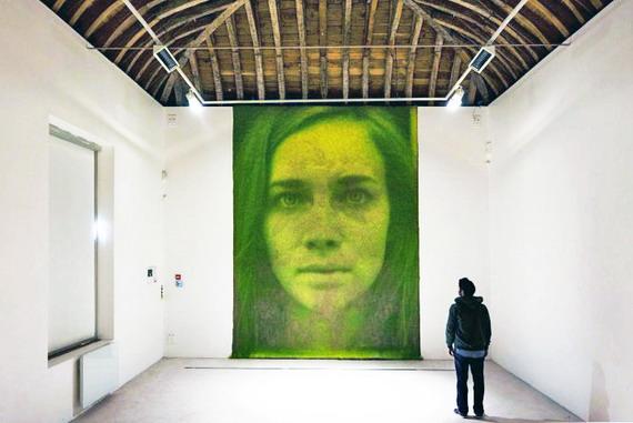 Живые травяные портреты от Heather Ackroyd и Dan Harvey