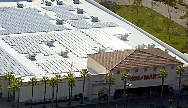 Альтернативная энергетика: Американская сеть супермаркетов Wal-Mart валяется одним из крупнейших производителей солнечной энергии