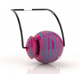 swirl-washing-ball-allows-sustainable-laundry-on-the-go
