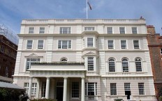 solar-panels-on-clarence-house
