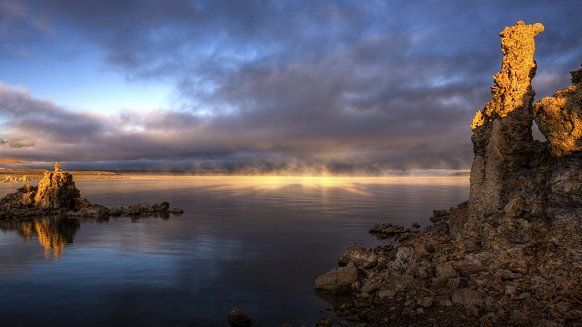 Соленое озеро Моно