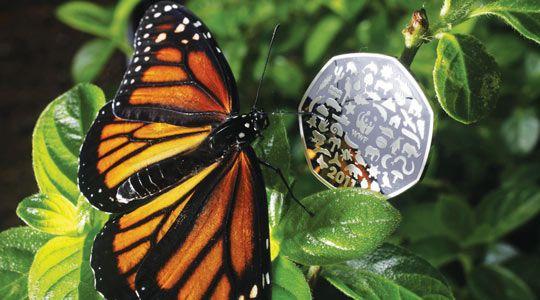 Памятная монета к 50-летию WWF