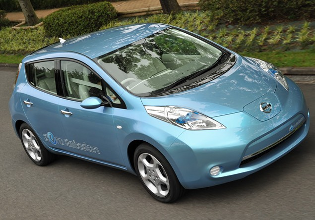 Nissan-Leaf-will-develop-artificial-sounds